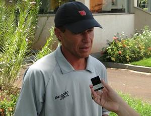 Gil Baiano comanda o Olé Brasil (Foto: Rhené Cavichia)