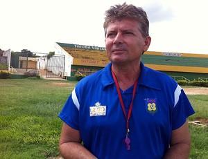 Filinto Holanda, novo técnico do Tiradentes (Foto: Diego Morais / Globoesporte.com)
