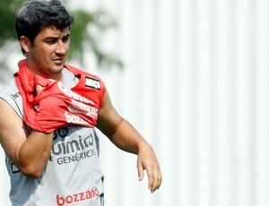 Douglas no treino do Corinthians  (Foto: Ag. Estado)
