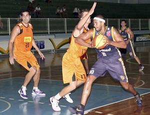 NBB 2011/12: Vila Velha x São José (Foto: Divulgação/LNB)