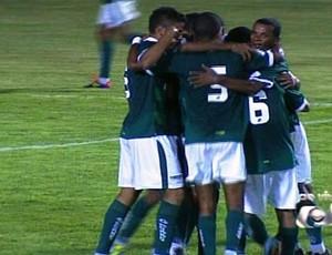Goiás vence Crac no fim (Foto: Reprodução/TV Anhanguera)