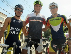 Wesley Matos, Mauro Cavanhas e Danilo Pimentel triatlo rápido (Foto: Alfredo Bokel/Globoesporte.com)