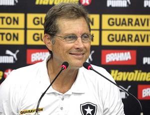 Oswaldo de Oliveira no treino do Botafogo (Foto: Satiro Sodré / Divulgação Agif)