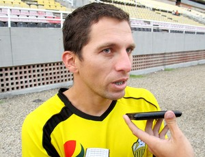 Gerzon Chacon, lateral do Deportivo Táchira (Foto: Carlos Augusto Ferrari / GLOBOESPORTE.COM)