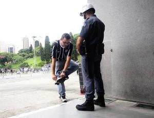 Polícia Militar; Pacaembu (Foto: Marcos Ribolli/Globoesporte.com)
