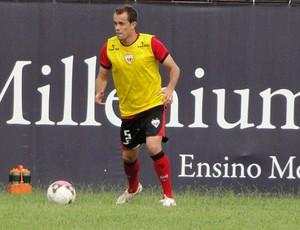 Rafael Cruz, lateral-direito do Atlético-GO (Foto: Divulgação/Atlético-GO)