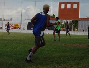 José Wilker corre ao redor do campo - csp (Foto: Rammom Monte)