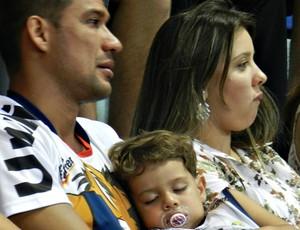 Valtinho assiste à derrota do Uberlândia  (Foto: Hismênia Keller/GLOBOESPORTE.COM)
