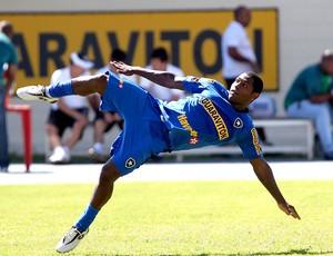 Jobson no treino do Botafogo (Foto: Ivo Gonzalez / Agência O Globo)