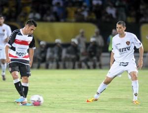 Santa Cruz x Sport - Luciano Henrique e Rivaldo (Foto: Aldo Carneiro)