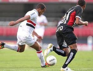 Lucas na partida do São Paulo contra o Paulista (Foto: Wagner Carmo / Vipcomm)