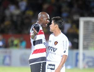 Santa Cruz x Sport - Leandro Souza - Hamilton (Foto: Aldo Carneiro)