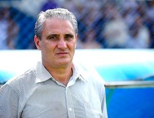 Tite no jogo do Corinthians contra o São Caetano (Foto: Marcos Ribolli / GLOBOESPORTE.COM)