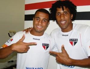 Lucas e Bruno Cortez São Paulo (Foto: Divulgação / Site oficial do São Paulo)