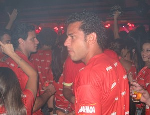 Fred, do Fluminense, em camarote na Sapucaí (Foto: Alexandre Alliatti / Globoesporte.com)