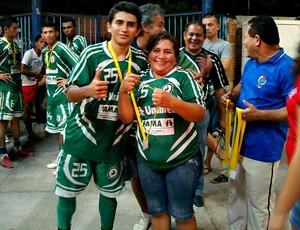 Nely pres.Santa Rita e o filho Angelo Miguel (Foto: Liga do Aleixo/Divulgação)
