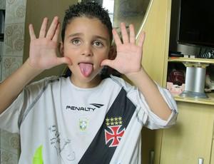 Hugo torcedor do Vasco deficiente visual Alecsandro (Foto: Gustavo Rotstein / GLOBOESPORTE.COM)