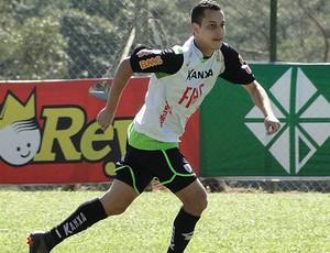 Rodriguinho é elogiado pelo técnico Givanildo Oliveira (Foto: Matheus Maciel / Globoesporte.com)