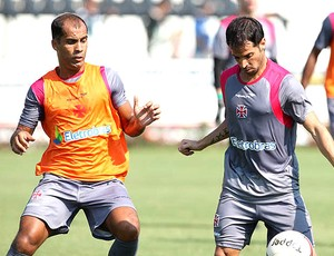 Mat&#237;as Abelairas e Felipe no treino do Vasco (Foto: Marcelo Sadio / Site Oficial do Vasco da Gama)