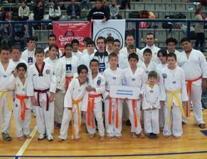 Projeto social taekwondo e educação em Gramado Guerreiro da Pena e da Paz - esporte estudantil. (Foto: Arquivo Pessoal)