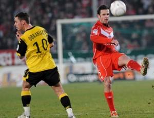 Rafael Schmitz, zagueiro do Valenciennes (Foto: Site oficial do Valenciennes-FRA)