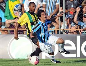 Facundo Bertoglio fez sua estreia pelo Grêmio contra o Cerâmica no Gauchão (Foto: Edu Andrade/Grêmio FBPA)