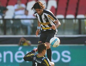 loco abreu botafogo x volta redonda (Foto: Guilherme Pinto/Globo)