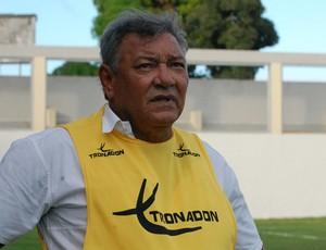 Freitas Nascimento, técnico do Campinense (Foto: Renata Vasconcellos)