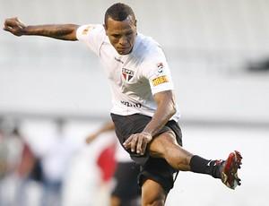 Luis Fabiano em treino do São Paulo, no Mangueirão (Foto: Rubens Chiri / Site oficial do São Paulo)