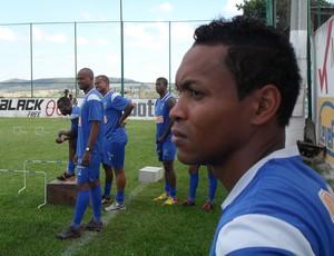 Alex Maranhão, meio-campo do Nacional-MG (Foto: Cleber Corrêa)