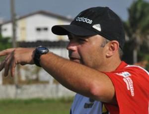 Apesar da vantagem, Baratz quer evitar comodidade do time no segundo jogo (Foto: Divulgação/)