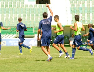 Guarani treina no Brinco de Ouro (Foto: Rodrigo Gianesi / Globoesporte.com)
