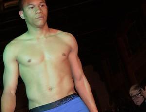 Wellington Silva desfila de cueca para evento beneficente (Foto: Divulgação)