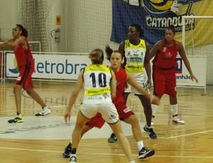 Catanduva x Maranhao basquete feminino (Foto: Divulgação/LBF)
