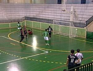 Jogo de conterrâneos, 100º Futsal Sacramento x Sacramento pela 2ª rodada da Copa Integraçaõ de Futsal (Foto: Reprodução TV Integração)