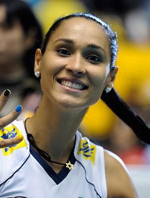 vôlei jaqueline brasil comemoram mundial de vôlei (Foto: divulgação / FIVB)
