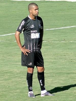 Lateral-esquerdo Leandro, do Atlético-MG (Foto: Valeska Silva / Globoesporte.com)