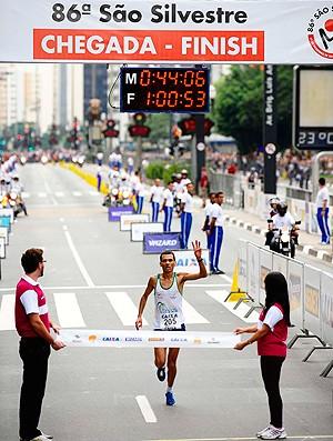 Marilson dos Santos São Silvestre Masculino (Foto: Marcos Ribolli / Globoesporte.com)