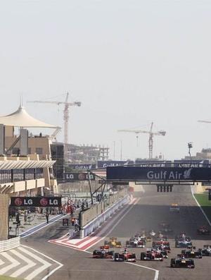 Largada GP do Bahrein 2010 (Foto: Divulgação)