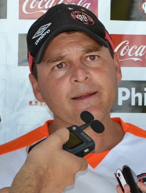 Técnico Leandro Niehues (Foto: Jairton Conceição (RPC TV))