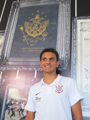 Fábio Santos Corinthians (Foto: Leandro Canônico/GLOBOESPORTE.COM)
