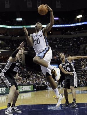 Tiago Splitter, do San Antonio Spurs (Foto: AP)