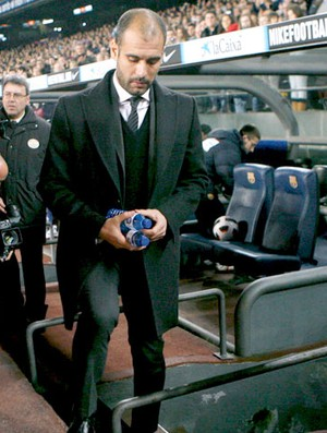 Guardiola Técnico do Barcelona (Foto: EFE)