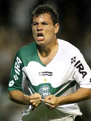 Anderson Aquino gol Coritiba (Foto: Ag. Estado)