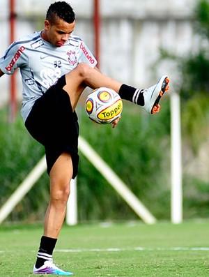 Dentinho Corinthians (Foto: Marcos Ribolli / Globoesporte.com)