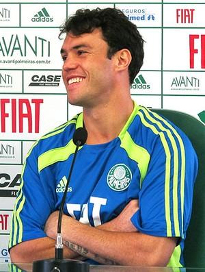 Kléber durante entrevista do Palmeiras (Foto: Diego Ribeiro / GLOBOESPORTE.COM)