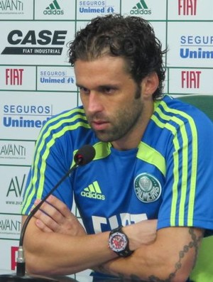 Lincoln entrevista coletiva no Palmeiras (Foto: Diego Ribeiro/Globoesporte.com)