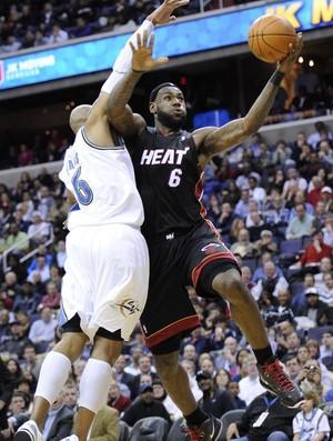 LeBron James, astro do Miami Heat (Foto: AP)