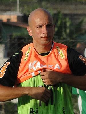 fabio junior américa mineiro (Foto: Tarcisio Badaró/Globoesporte.com)