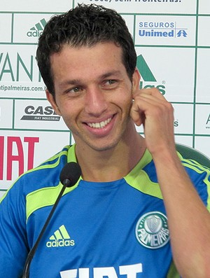 Cicinho Palmeiras (Foto: Diego Ribeiro / Globoesporte.com)